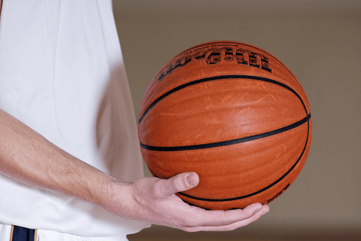 Netinkamai pasukta plaštaka varant kamuolį - IBUtraining